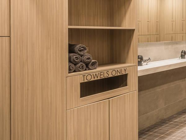 Golf lockers and furnature - golf club towel storage - crown sports lockers