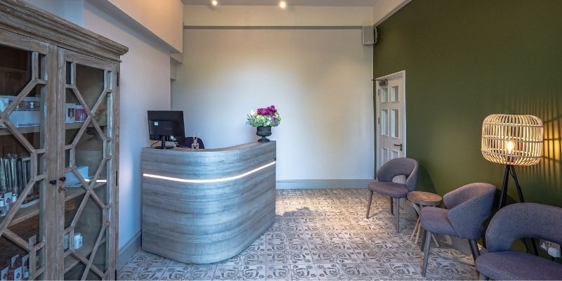 Stratton House: Image of the reception area at Stratton House Hotel.